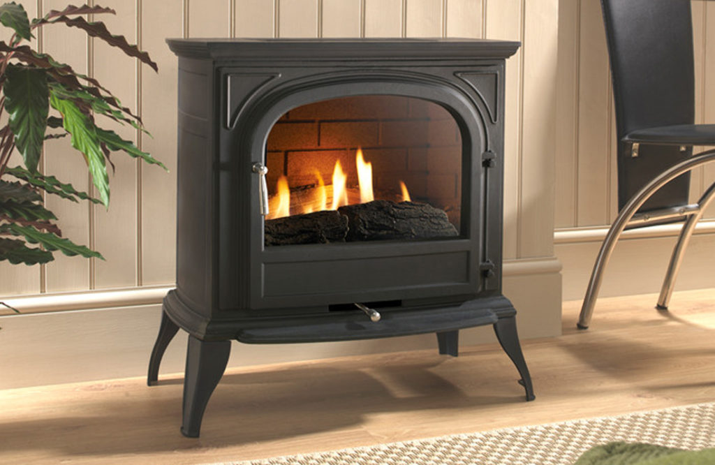 Eko6010 Black Plain Gas stove.Henley