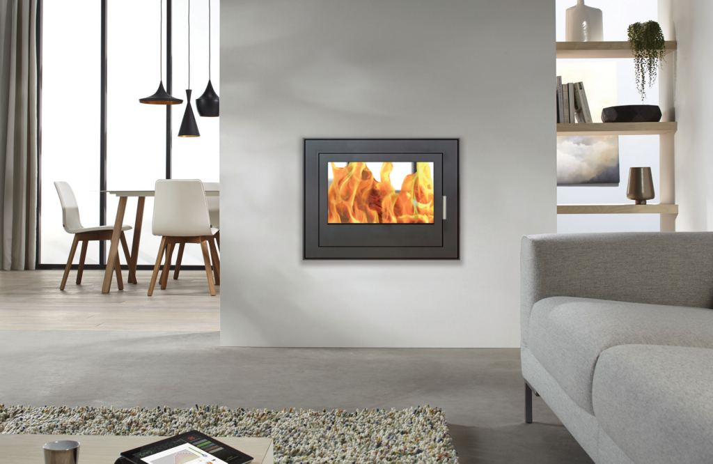 GAS FIREPLACE / DOUBLE-SIDED / CLOSED HEARTH / CONTEMPORARY